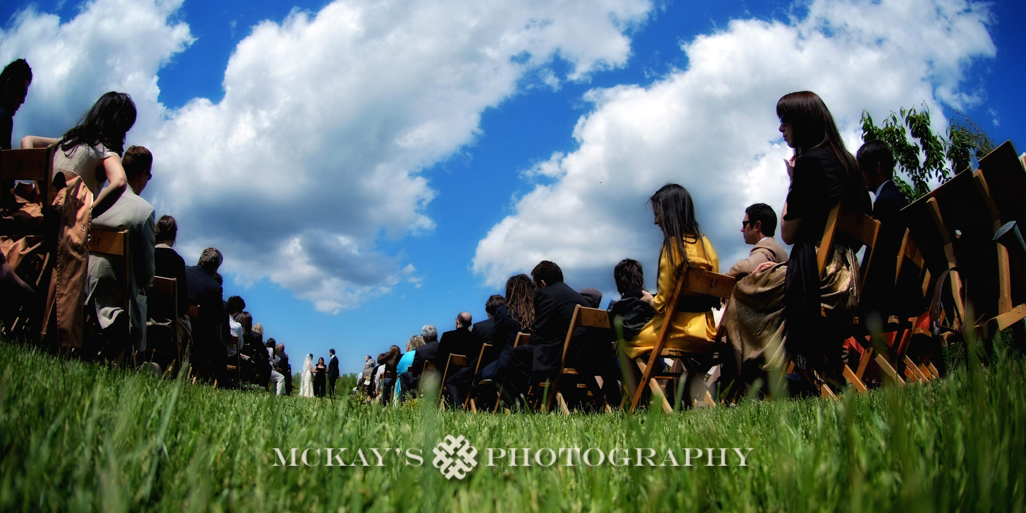 Candid wedding photographer in Rochester NY