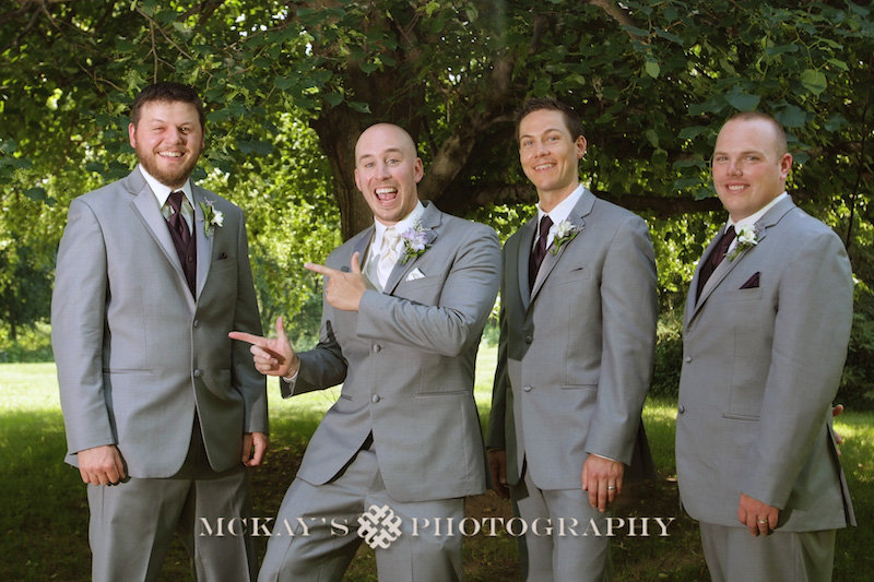 Plantation Party House wedding photos by rochester wedding photographer
