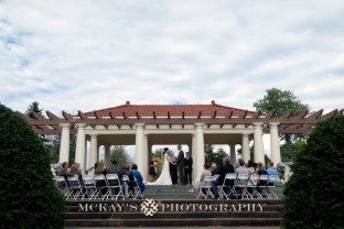 finger lakes wedding at Sonnenburg Gardens photos by McKay's Photography