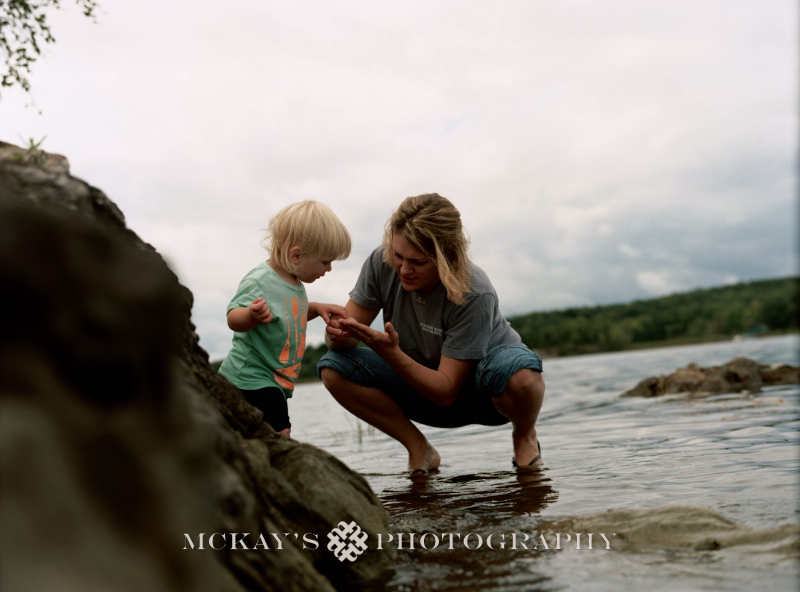 unique family photographers who capture 1000 Island family photography