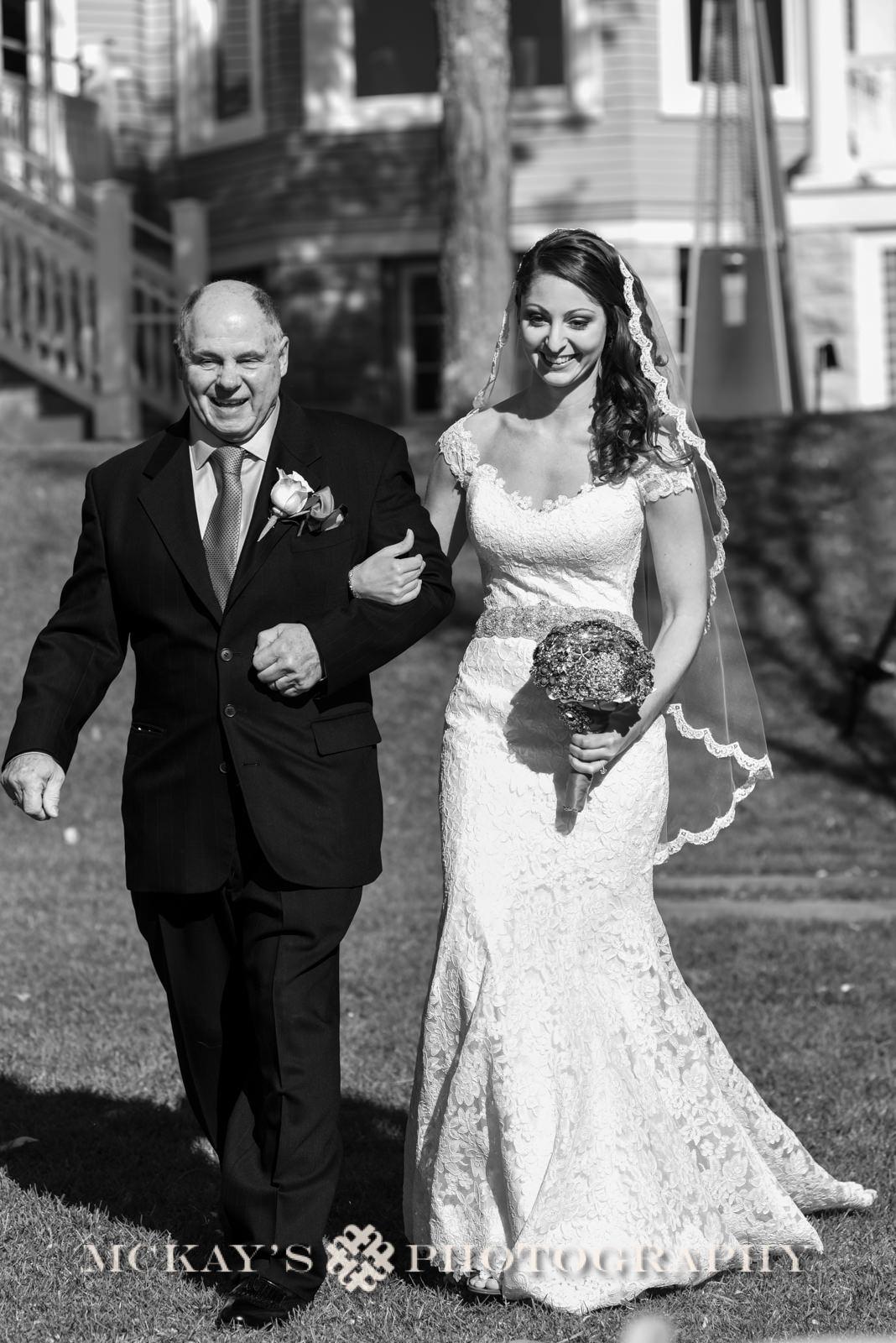Finger Lakes wedding photographers who travel