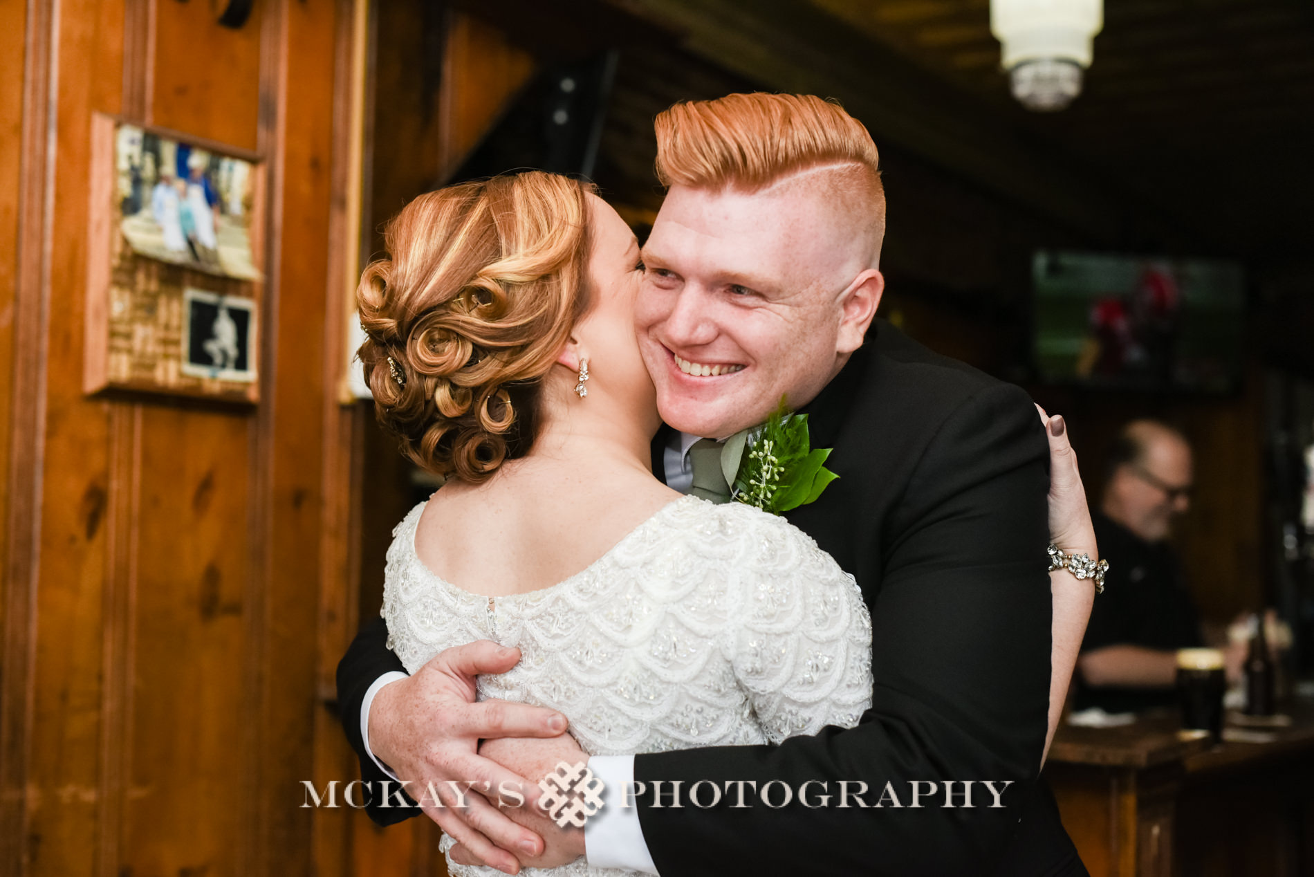 Obrien's Bar in Buffalo NY for wedding photos